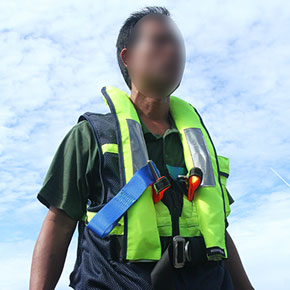 SOS-Life-Jacket-with-harness