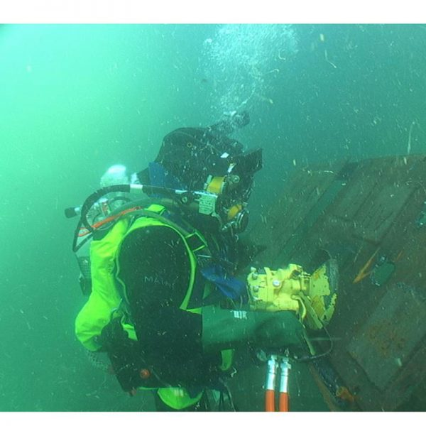 Diver-Recovery-Vest-Welding