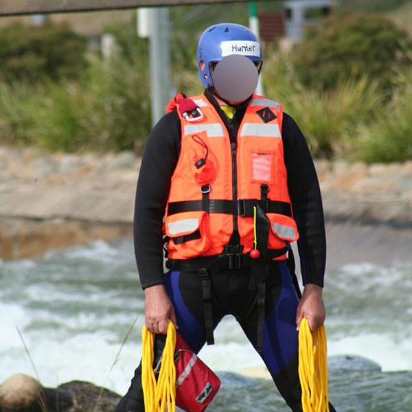 Swift-Water-Life-Jacket-in-action-(2)